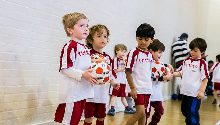Little Kickers - educational pre-school football classes Slide-4